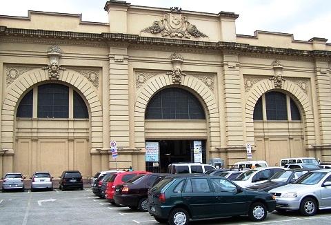 Aproveite a ida à 25 de Março e dê uma esticada até o Mercado Municipal de São Paulo - o Mercadão. Imagem: Janaína Calaça