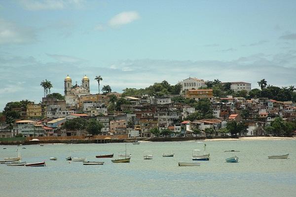 Vista da Cidade Baixa a partir da Ribeira. Imagem: Janaína Calaça
