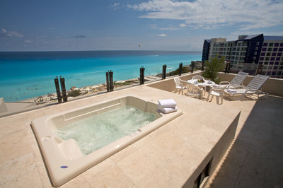 Jacuzzi Suite Presidencial do Park Royal Cancun. Foto: Royal Holiday