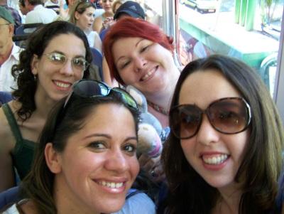 Mila e eu atrás. Andréia e Mari na frente. Royal Holiday. Imagem: Jeguiando.