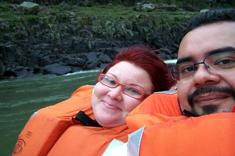 Janaína Calaça e Erik Pzado. Macuco Safari. Parque Nacional do Iguaçu. Imagem: Erik Pzado.