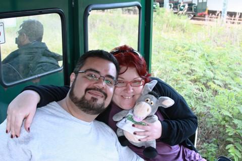 Erik Pzado, Janaína Calaça e Jegueton no trem para as Cataratas Argentinas. Porto Iguaçu.