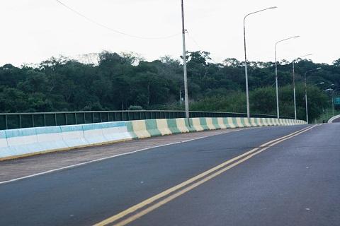 Fronteira Brasil e Argentina. Imagem: Erik Pzado.