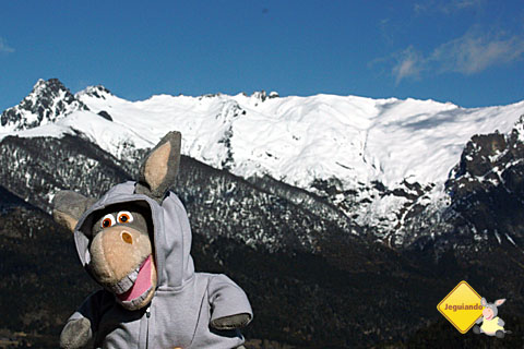 Jegueton em seu moleton curtindo o vento do alto do Cerro Campanário. #PicolédeJegue. Imagem: Erik Pzado.