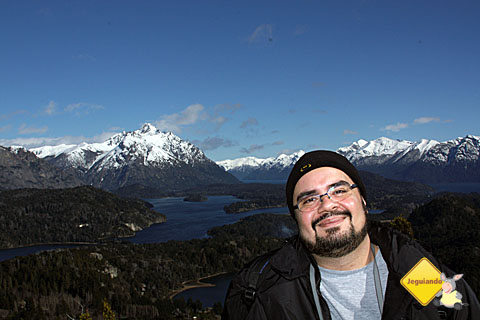 Erik Pzado e seu gorrinho de mano no Cerro Campanário. Imagem: Janaína Calaça.