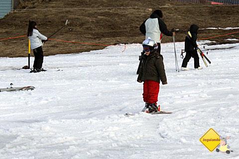 Os pequenos também esquiam! Imagem: Erik Pzado.