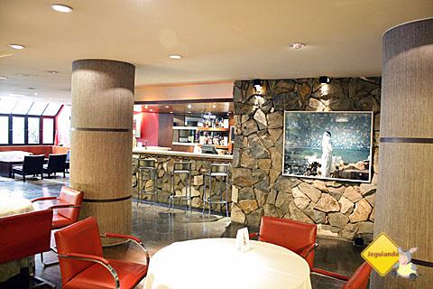 Recepção do Hotel Panamericano Bariloche. Imagem: Erik Pzado.