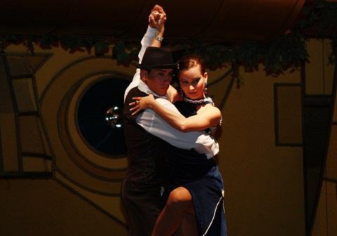 Show de tango em Foz do Iguaçu, para os viajantes cult. Imagem: Erik Pzado.