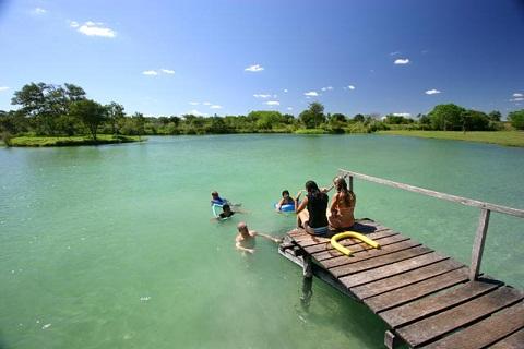 Rio Formoso. Bonito, Mato Grosso do Sul. Fonte: Ygarapé Tour.