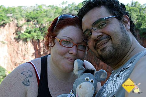 Jana, Jegueton e Erik no Buraco das Araras, Jardim, Mato Grosso do Sul. Imagem: Erik Pzado.