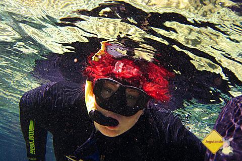 Janaína Calaça nas águas do Rio da Prata. Imagem: Erik Pzado.