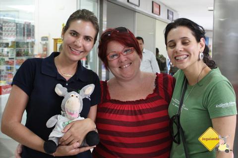 Bárbara Ferragini, Jegueton, Jana Calaça e Carina Freitas. Aeroporto de Campo Grande, Mato Grosso do Sul. Imagem: Erik Pzado.