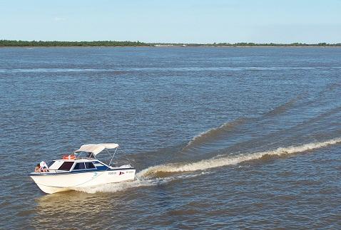 Rio Paraná visto do Club Nautico Rosario. Imagem: Fábio Brito (Arquivo Jeguiando)