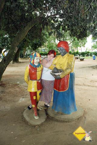 Emília e Tia Anastácia. Imagem: Erik Pzado.