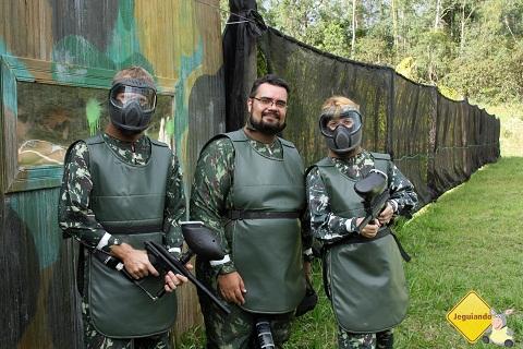 Fábio, Erik Pzado e Deise em ritmo de Parapapapapapa. Imagem: Janaína Calaça.
