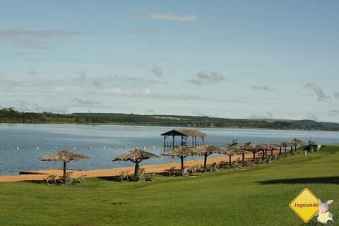 Represa do Broa e sua prainha. Broa Golf Resort, Brotas, SP. Imagem: Erik Pzado.