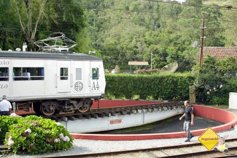 Manobra de trem. Imagem: Erik Pzado.