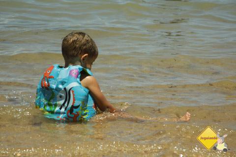 As águas tranquilas do mar de Jauá. Boa pedida para crianças! Imagem: Erik Pzado.