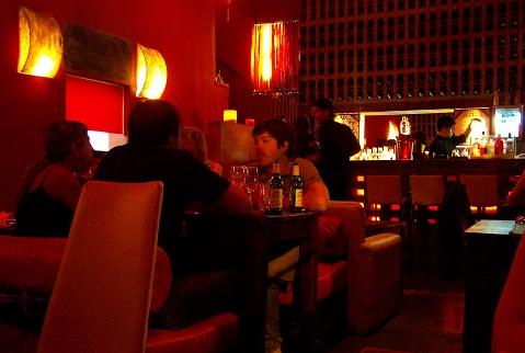 Room 32, restaurante tailandês e cocktail bar em Rosário, Argentina. Imagem: Fábio Brito (Arquivo Jeguiando)