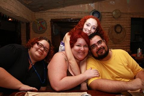 Déa, Lorena, eu e Erik. Sertão Bom, Salvador, Bahia. Imagem: Luiz Fernando Calaça