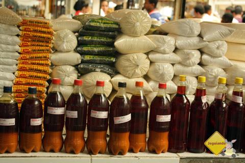 Azeite de dendê! Centro de Abastecimento do Rio Vermelho, Salvador, Bahia. Imagem: Erik Pzado