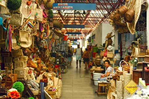 Artesanato. Centro de Abastecimento do Rio Vermelho. Salvador, Bahia. Imagem: Erik Pzado