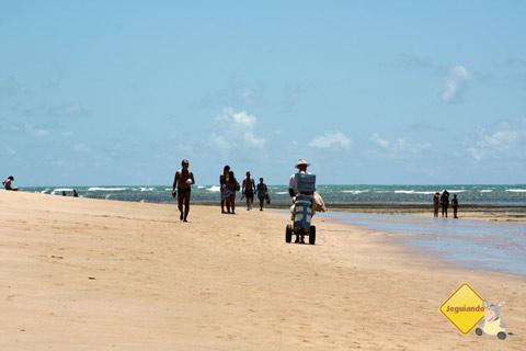 Olha o picolé! Itacimirim, Litoral Norte da Bahia. Imagem: Erik Pzado