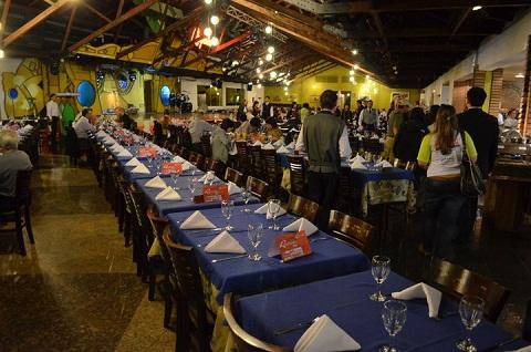 Cantinho reservado no Rafain para os blogueiros do Blog Tur Foz. Imagem: Equipe Loumar Turismo