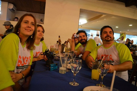 Clarissa, Deise, Vinícius e Pedro. Rafain, Foz do Iguaçu, PR. Imagem: Equipe Loumar Turismo