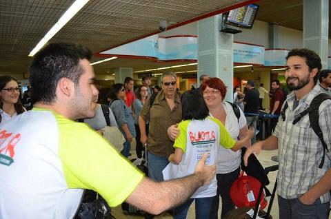 Equipe da Loumar Turismo recebe blogueiros do Blog Tur em Foz do Iguaçu. Imagem: Equipe Loumar Turismo