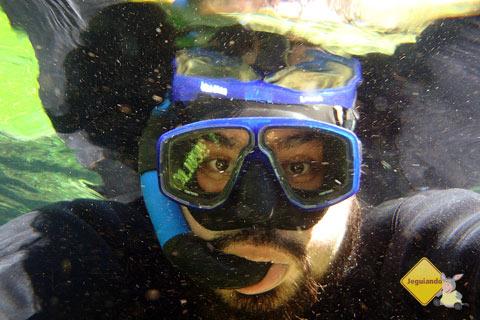 Erik Pzado durante a flutuação no Rio da Prata. Jardim, MS. Imagem: Janaína Calaça