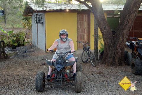 Passeio de quadriciclo na Rota Boiadeira. Bonito, MS. Imagem: Erik Pzado
