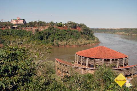 Paisagem vista a partir do Marco das 3 fronteiras, Foz do Iguaçu, PR. Imagem: Janaína Calaça