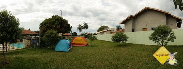 Área de camping. Bonito Hostel, Bonito, MS. Imagem: Erik Pzado