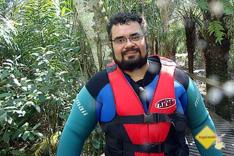 Erik durante a trilha para o Rio Sucuri, Bonito, MS. Imagem: Janaína Calaça