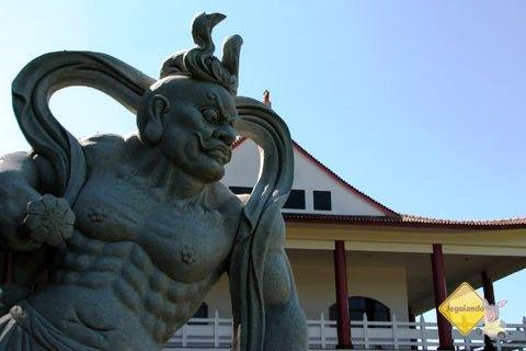 Templo Budista, Foz do Iguaçu, PR. Imagem: Janaína Calaça