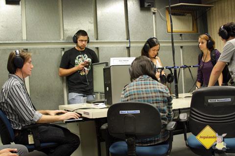 Rafa da BM ouvindo barulhos - Imagem: Erik Pzado