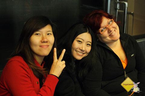 Zhang Jing, LinLin Sun and Jana - Imagem: Erik PZado