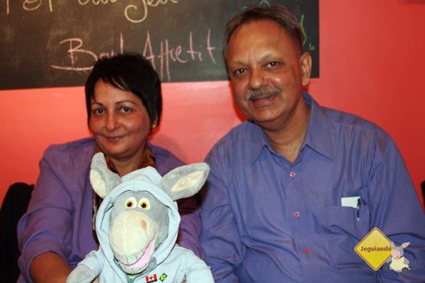 Kishore and Smita Iyengar and Jegueton - Imagem: Erik PZado