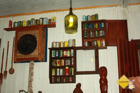 Coleção de azeites do João. Bonito, MS. Imagem: Erik Pzado