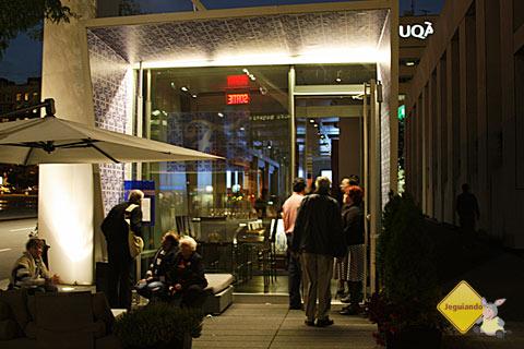 F Bar, restaurante português em Montréal, Québec, Canadá. Imagem: Erik Pzado