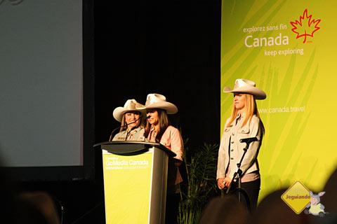 Representantes de Calgary Stampede abrem o almoço oferecido aos participantes do Go Media 2011. Imagem: Erik Pzado