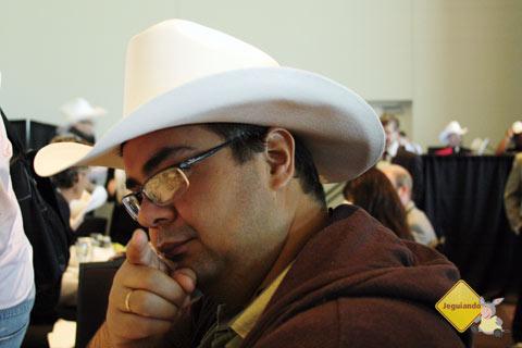 Erik durante o almoço promovido pelo Calgary Stampede. Imagem: Janaína Calaça