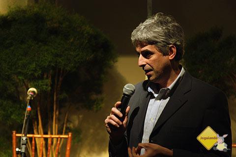 Diretor da Globo Livros, Mauro Palermo, fala sobre o lançamento dos Guias Lonely Planet em língua portuguesa. Imagem: Márcio Nel Cimatti, do blog A Janela Laranja