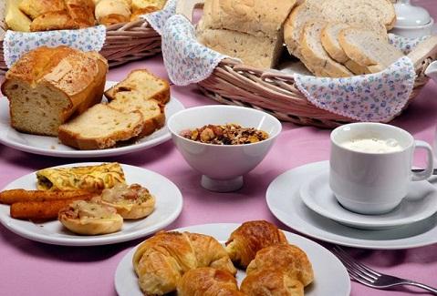 Café da Manhã do Hotel Bella Itália. Foz do Iguaçu, PR. Imagem: Divulgação Hotel Bella Itália
