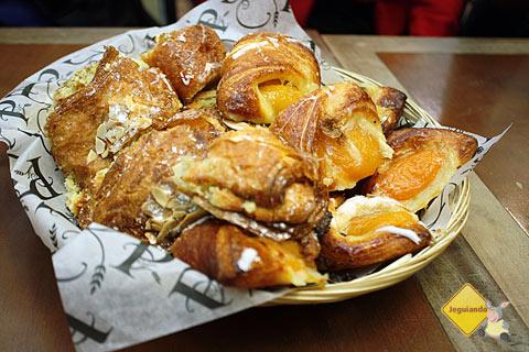 Café da manhã no Premiere Moisson. Jean-Talon Market, Montréal, Canadá. Imagem: Erik Pzado