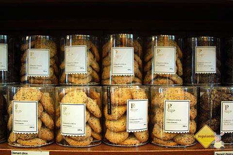 Biscoitinhos artesanais. Premiere Moisson, Marché Jean-Talon (Jean-Talon Market), Montréal, Canadá. Imagem: Erik Pzado