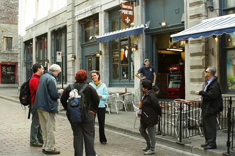 Montréal Poutine, local é especializado em um dos pratos mais tradicionais da cidade. Imagem: Erik Pzado