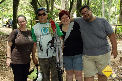 Paula, do Viajando no Mundo, Sebastião e Jana Calaça. Imagem: Erik Pzado