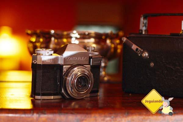 Câmeras e filmadoras antigas também têm seu cantinho na Pousada Barra do Bié. Cunha, São Paulo. Imagem: Erik Pzado